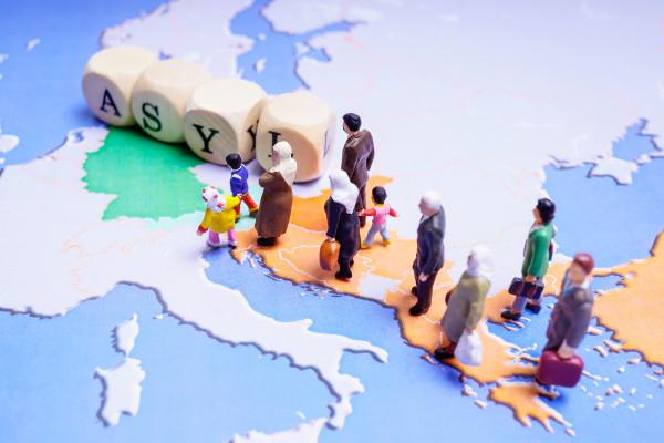 Webinar Aktuelle Entwicklungen im Asylrecht – mit den Änderungen durch das Migrationspaket